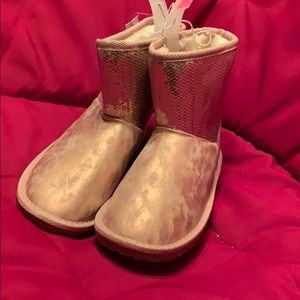 Girl's Rose Gold Boots